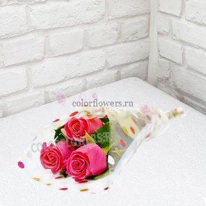 Три розы в плёнке