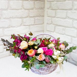 """Корзина цветов """"Малиновое чудо"""""""