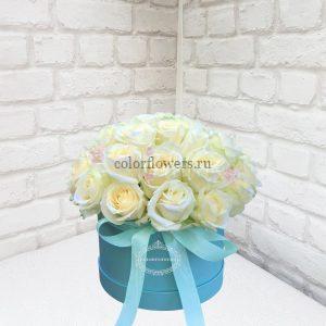 Розы в шляпной коробке в Москве
