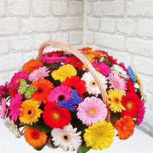 """Корзина цветов """"Радуга"""""""