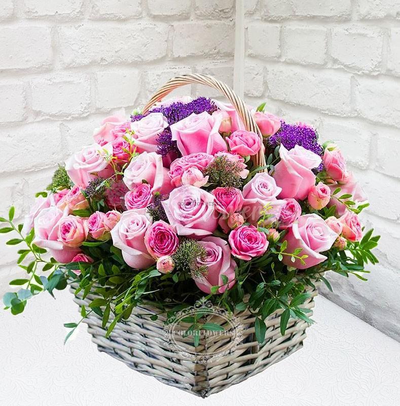 """Корзина цветов """"Квадрат любви"""""""