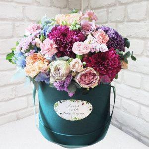 """Шляпная коробка """"Готика в цвете"""""""