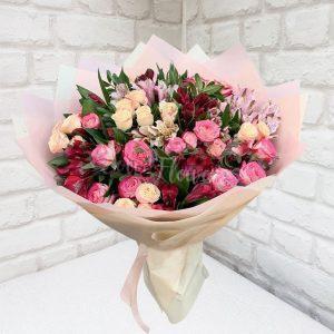 """Букет цветов """"Малиновый коктейль"""""""